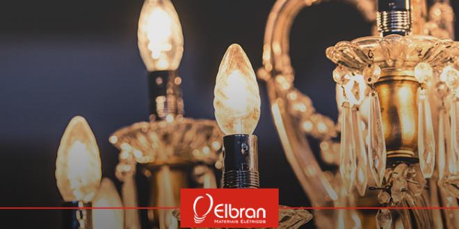 Qual a diferença entre lustre, pendente e luminária?